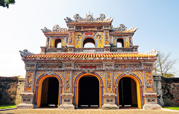 Best Things To Do When Visit Hue - The Ancient City Of Vietnam
